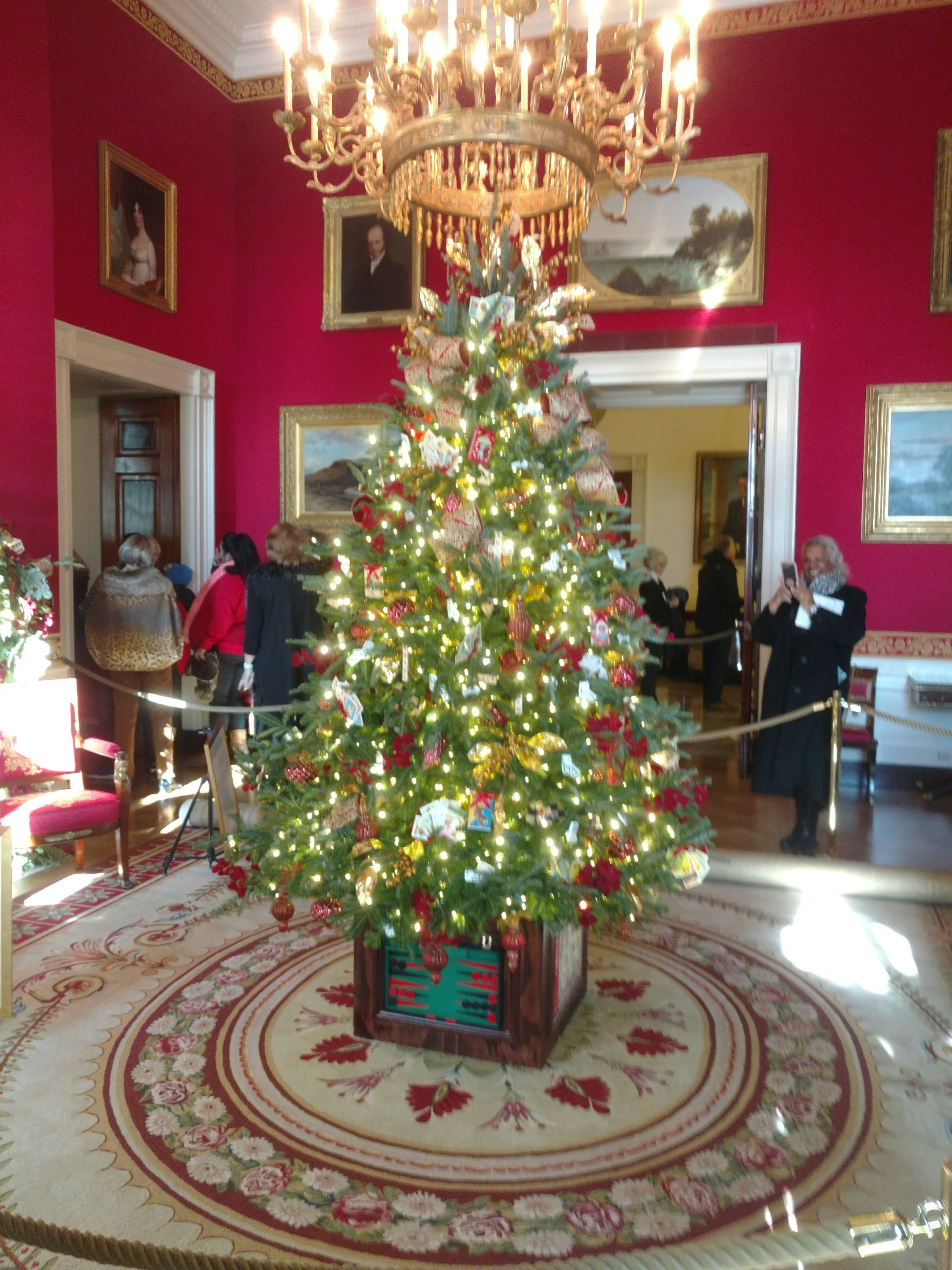 Christmas Tree in the Red Room at the White House.